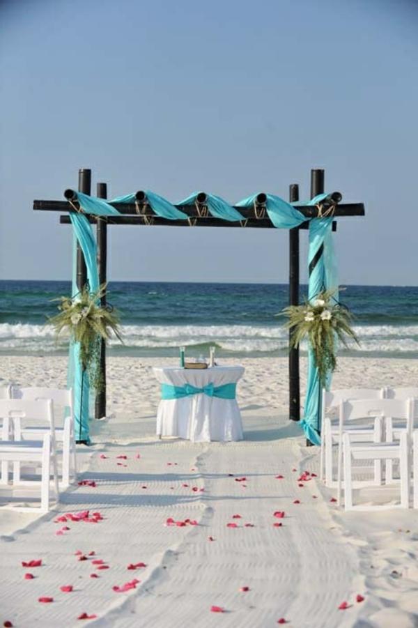 heiraten am strand hier sind 37 super bilder. Black Bedroom Furniture Sets. Home Design Ideas