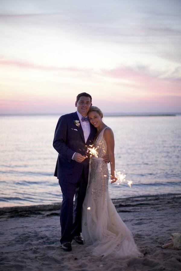 heiraten-am-strand-sehr-schönes-liebepaar