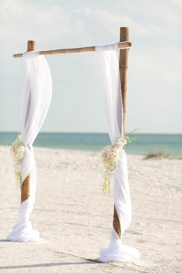 heiraten-am-strand-weiße-schöne-gardinen