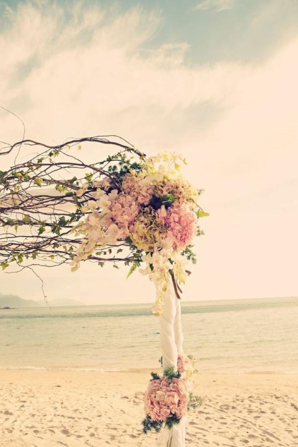 heiraten-am-strand-wunderschöne-blumen