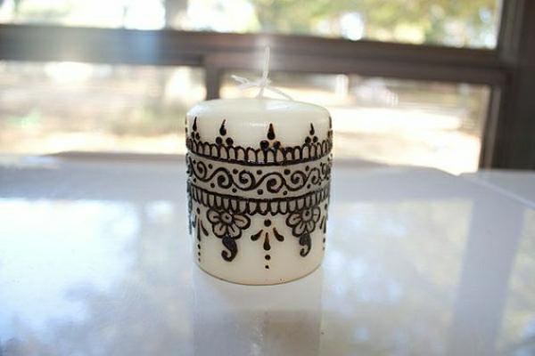 kleine-weiße-Kerze-Henna-Dekoration-handgemalt