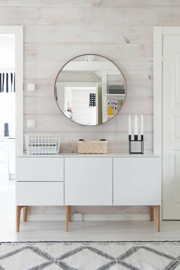 kommode-für-flur-rundes-modell-vom-spiegel - weiße türen