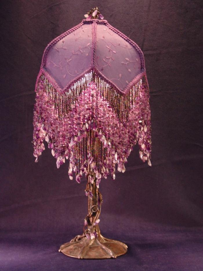 kronleuchter-in-pink-sehr-schickes-modell