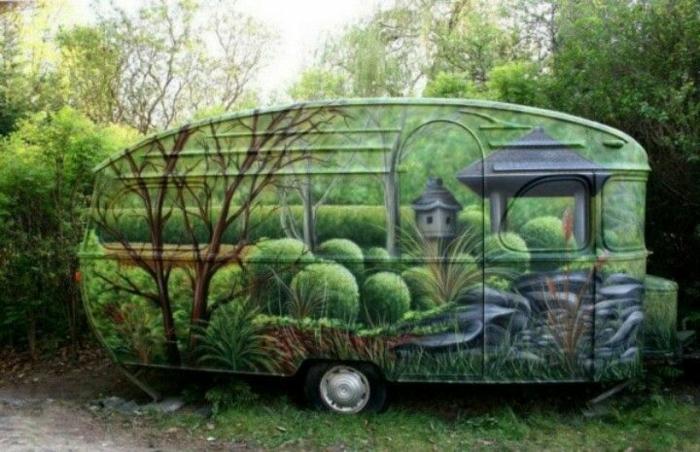 mini-wohnwagen-grüne-farbgestaltung