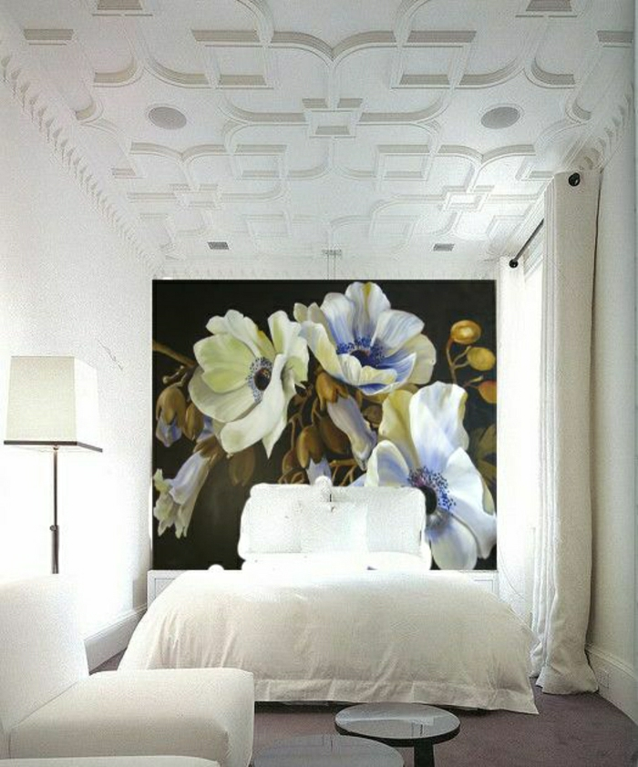 moderne-Tapeten-Blumen-weißes-Schlafzimmer