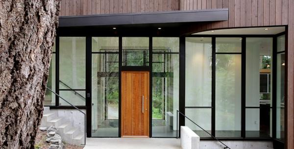 moderne-haustüren-gläserne-struktur