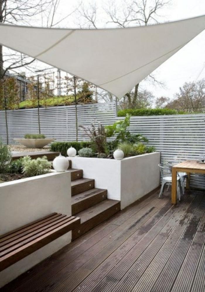 moderne-terrassen  überdachung-in-weißer-farbe