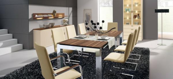 modernes-esszimmer-attraktive-beige-stühle