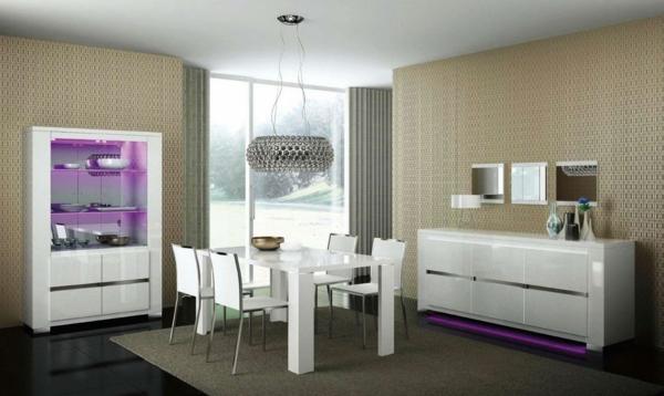 modernes-esszimmer-weiße-attraktive-möbelstücke