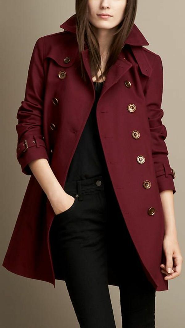 pantone-farbe-marsala-modernes-design-vom-mantel