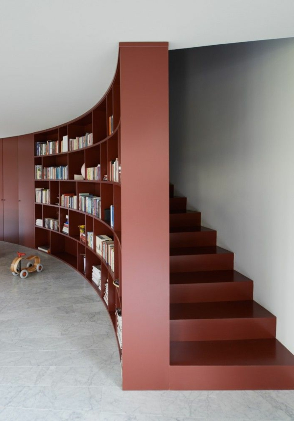 regal treppe kluge idee f r ihr zuhause. Black Bedroom Furniture Sets. Home Design Ideas