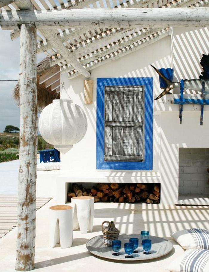 schöne-villa-in-weiße-und-blau
