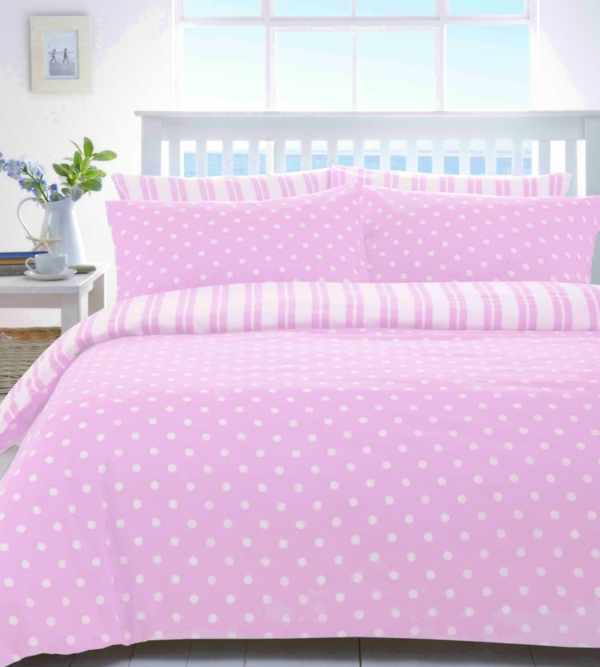 schönes-schlafzimmer-einrichten-schöne-bettwäsche-rosa-schlafzimmer-ideen