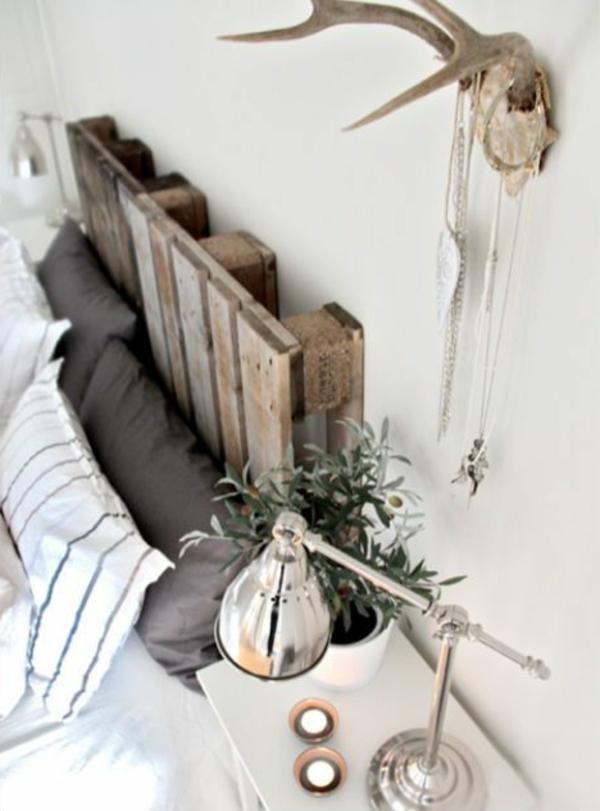 schlafzimmer-aus-massivholz-hölzernes-brett