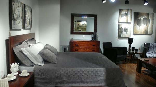 schlafzimmer-aus-massivholz-super-interessante-ausstattung