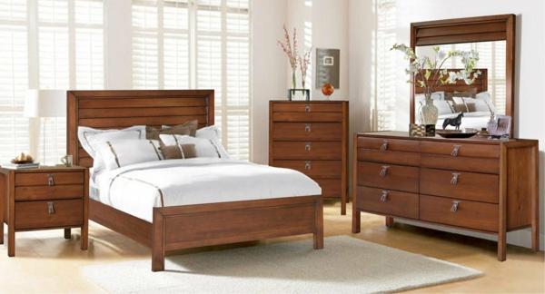 schlafzimmer-aus-massivholz-wunderschönes-modell-vom-spiegel