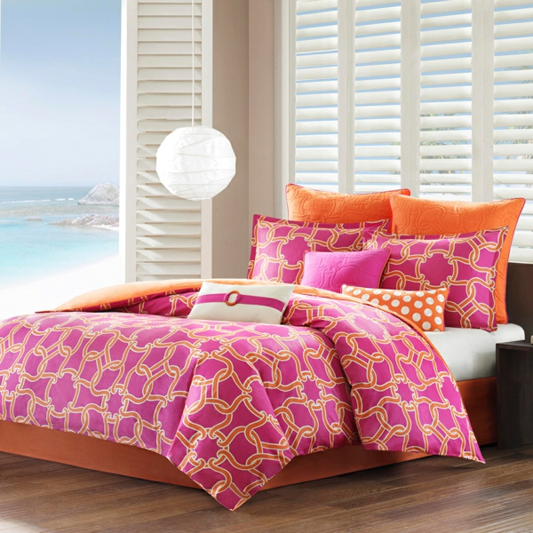 schlafzimmer-einrichten-elegante-bettwäsche-schöne-bettwäsche-rosa-