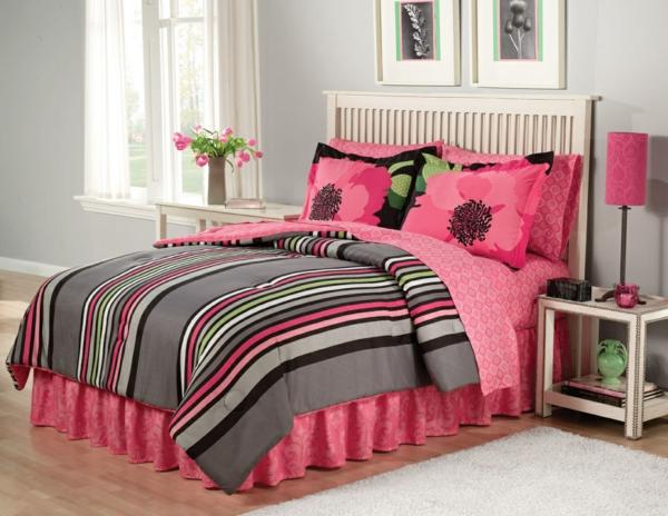 schlafzimmer-einrichten-schöne-bettwäsche-rosa-schlafzimmer-ideen-
