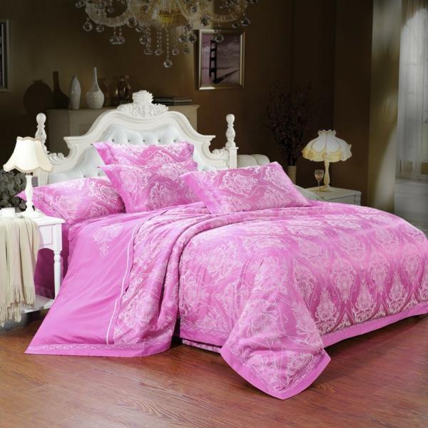 --schlafzimmer-einrichten-schöne-bettwäsche-rosa-schlafzimmer-ideen--
