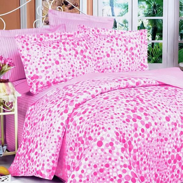 schlafzimmer-einrichten-schöne-bettwäsche-rosa-schlafzimmer-ideen-bettwäsche-