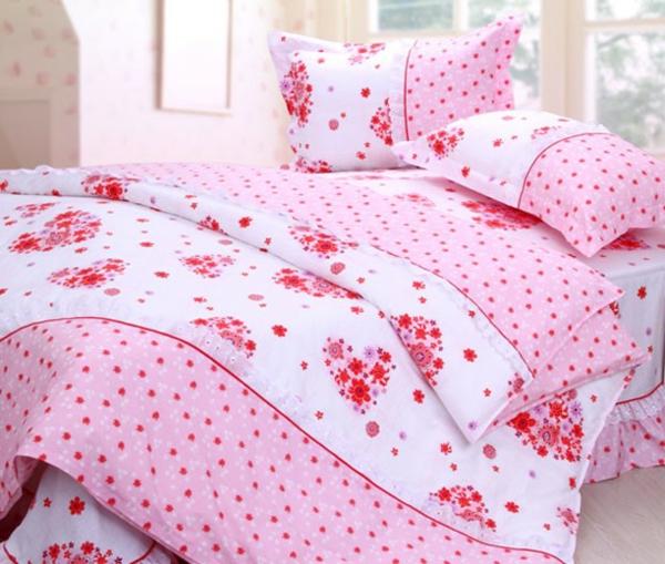 -schlafzimmer-einrichten-schöne-bettwäsche-rosa-schlafzimmer-ideen-bettwäsche