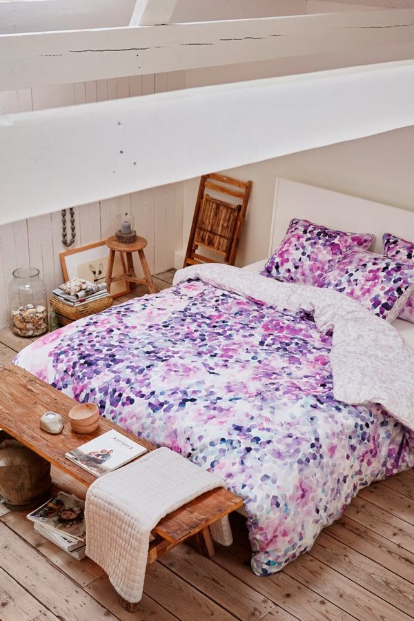 schlafzimmer-einrichten-schöne-bettwäsche-rosa-schlafzimmer-ideen-lila-bettwäsche-lila Esprit Bettwäsche