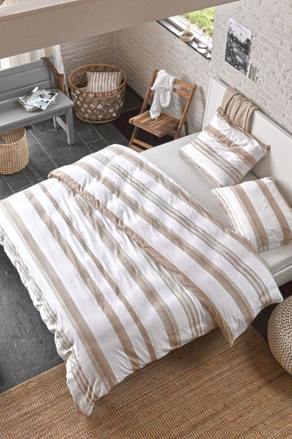 schlafzimmer-inspiration- schlafzimmer-gestalten-schöne-bettwäsche--in-weiß-und-braun