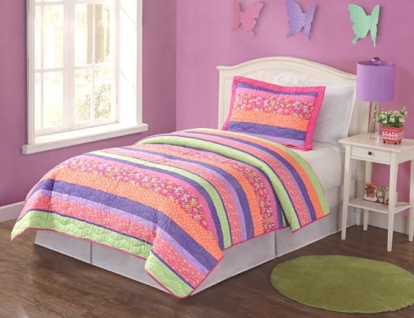 schlafzimmer-inspiration- schlafzimmer-gestalten-schöne-bettwäsche-rosa-lila-orange-bettwäsche