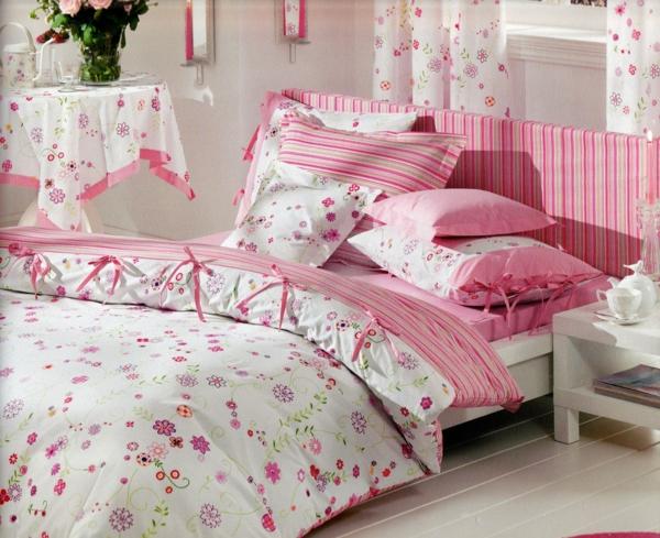 schlafzimmer-inspiration- schlafzimmer-gestalten-schöne-bettwäsche-rosa Bettwäsche in Rosa