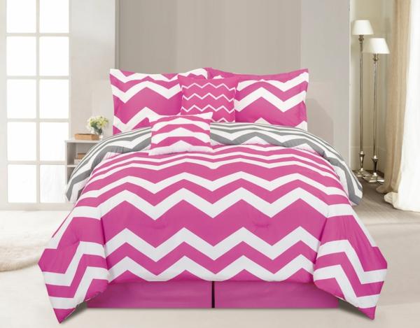 schlafzimmer-inspiration- schlafzimmer-gestalten--schöne-bettwäsche-rosa