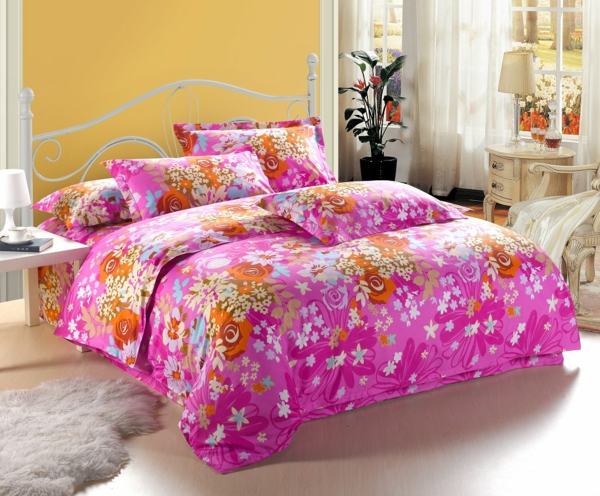 schlafzimmer-inspiration- schlafzimmer-gestalten---schöne-bettwäsche-rosa