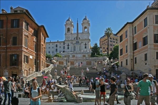 spanische-treppe-coole-idee-für-touristen - bild vom rom
