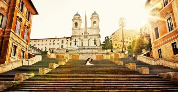spanische-treppe-heirat-feiern-in-rom -herrliches foto