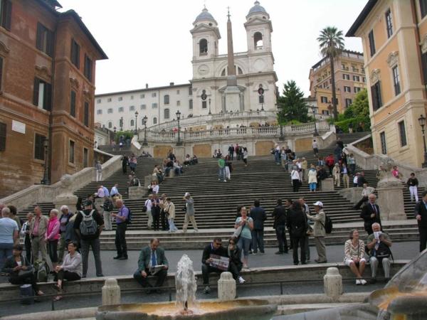 spanische-treppe-herrliches-aussehen