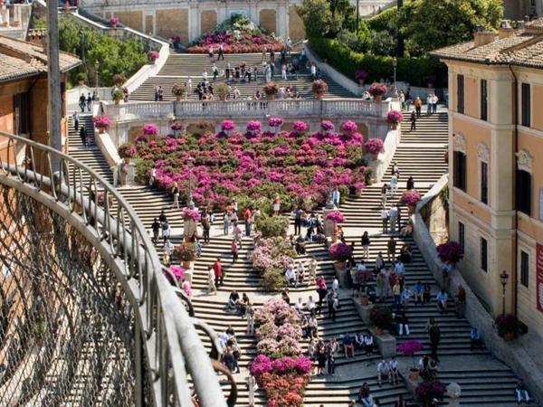 spanische-treppe-rom-foto-vom-oben-genommen