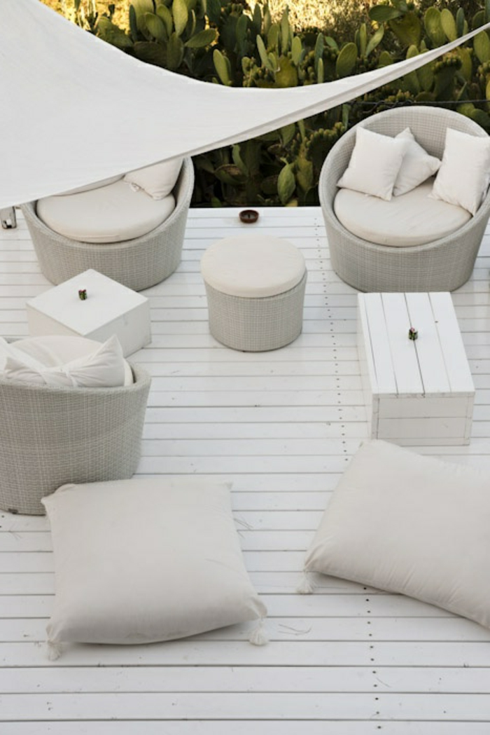 terrassen  überdachung-alles-weiß-gestaltet