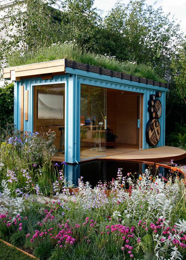 terrassenüberdachung-aus-holz-blaue-gestaltung