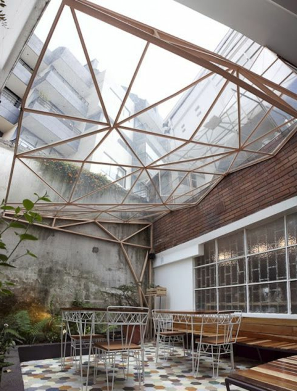 terrassenüberdachung-aus-holz-herrliche-ausstattung-modern-aussehen
