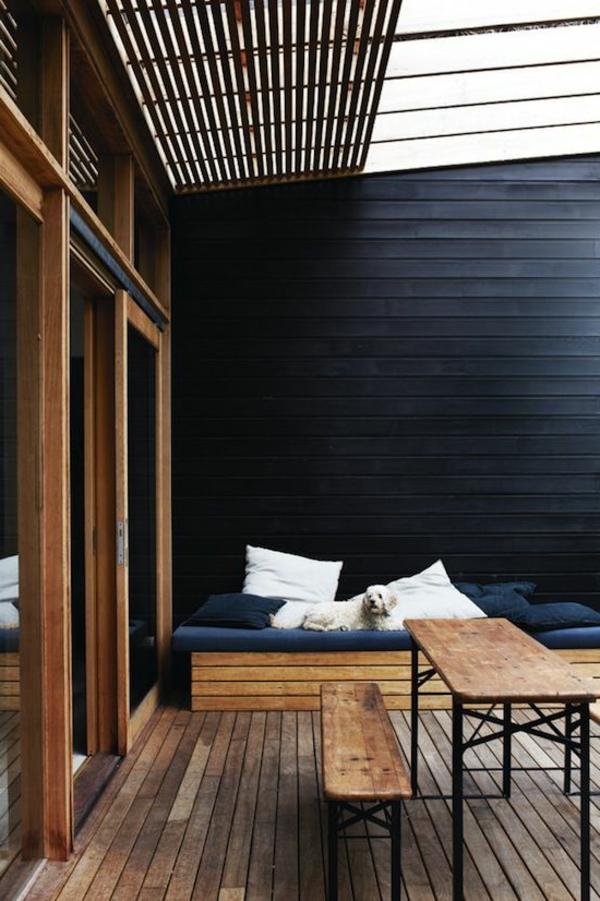 terrassenüberdachung-aus-holz-sehr-modernes-aussehen