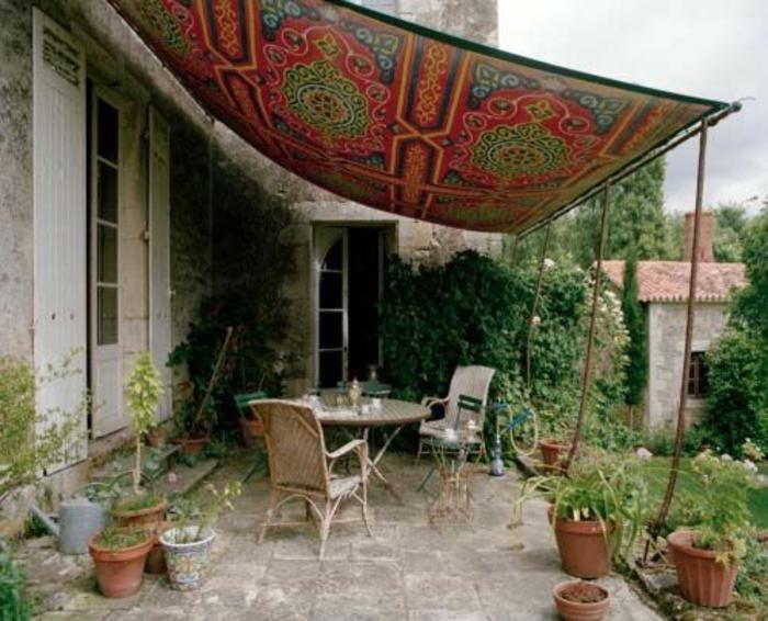 terrassenüberdachung-ein-bunter-teppich