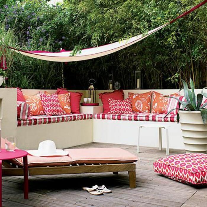 terrassen  überdachung-viele-bunte-elemente