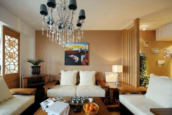 trennwand-aus-holz-modernes-wohnzimmer-weiße-möbelstücke