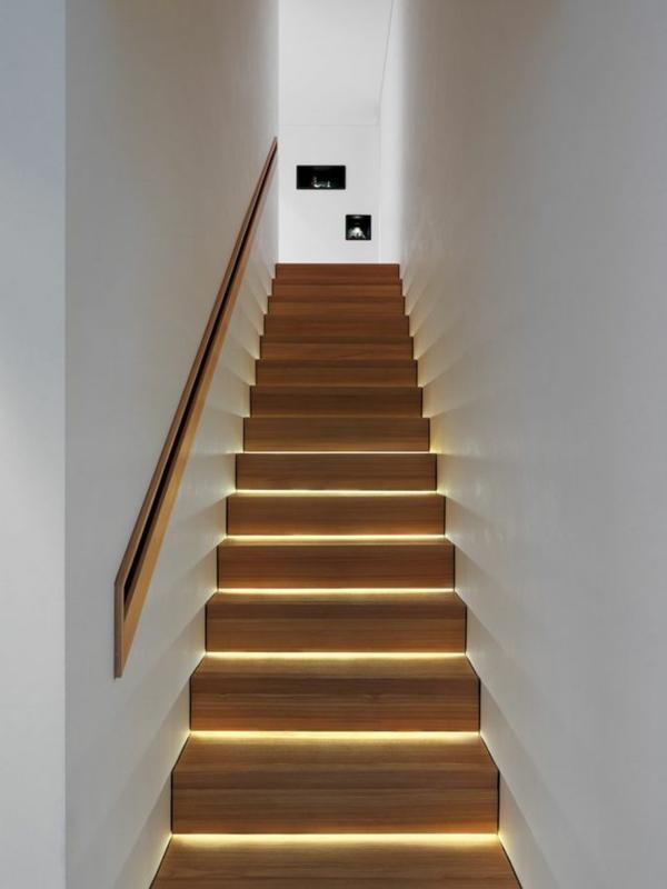 treppen-beleuchtung-sehr-interessant-ausgestattet