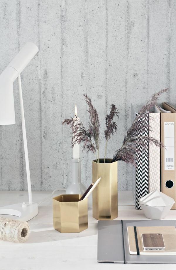 vasen-dekorieren-herrliche-weiße-ausstattung