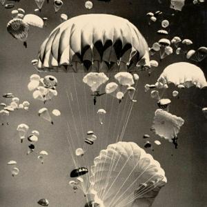 Öffnen Sie den Fallschirm und Fliegen ist möglich!