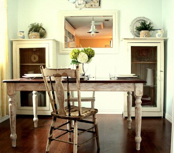 weiße-dekoration-für-landhaus-eleganter-tisch-mit-einem-stuhl
