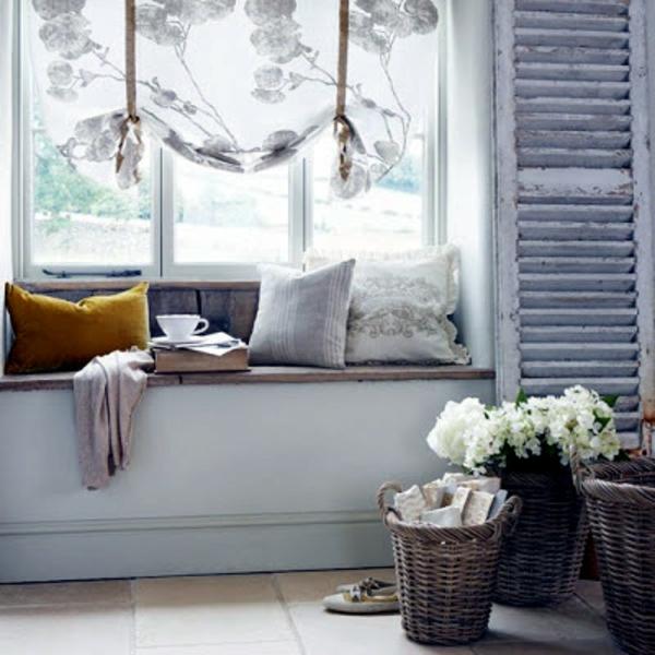 weiße-dekoration-für-landhaus-herrliche-gardinen