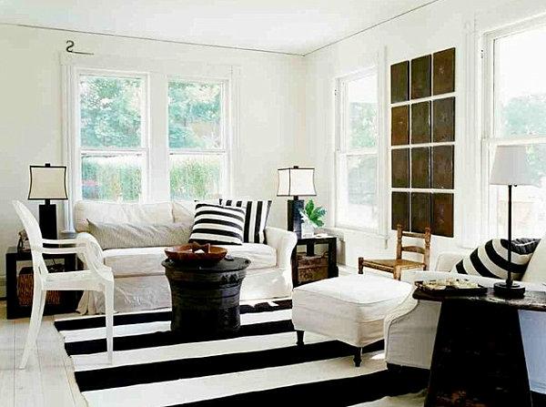 weiße-dekoration-für-landhaus-kontrastierende-farben-interieur