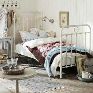 Bett aus Schmiedeeisen - 41 wunderschöne Ideen