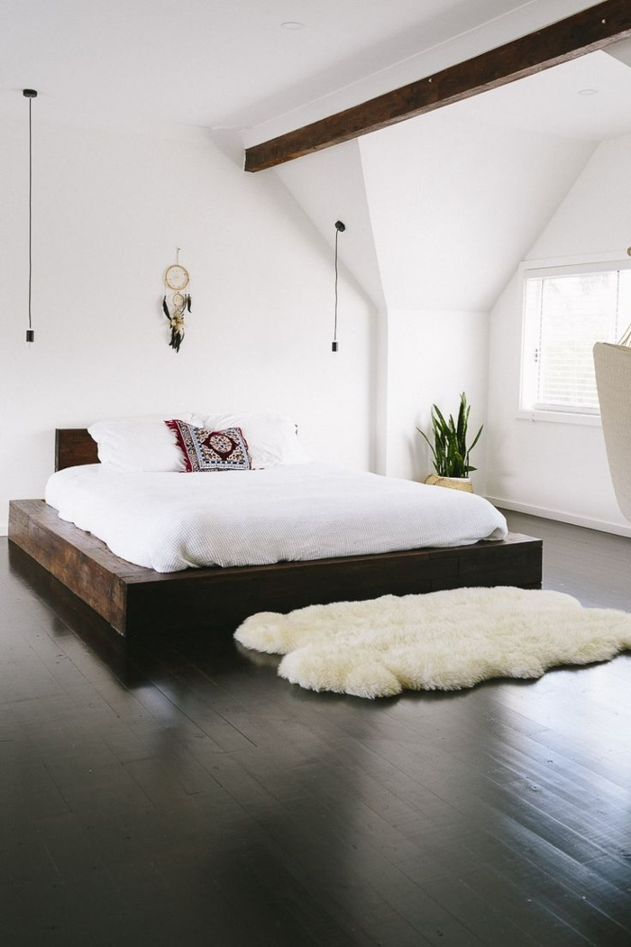 weißes-Schlafzimmer-mit-Boho-Elementen